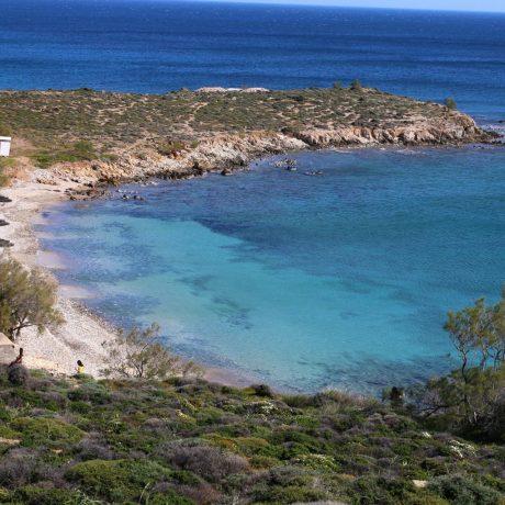 santorinioi-beach