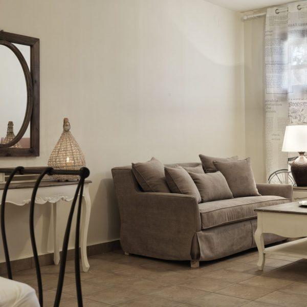 stuio lounge